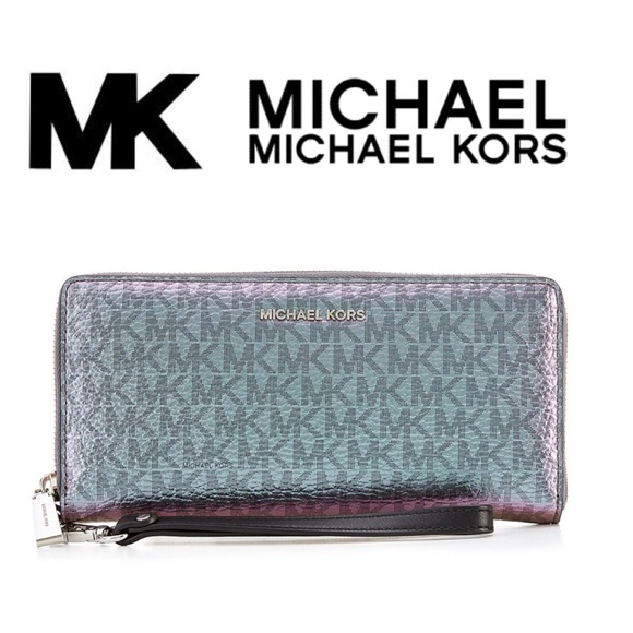 619fa069967c MICHAEL Michael Kors Bags | Signature Metallic Travel Continental ...